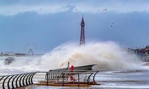 Καταιγίδα «Κιάρα»: Σκηνές Αποκάλυψης στην Ευρώπη – Προβλήματα και καταστροφές (pics)