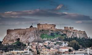 Πασίγνωστη ηθοποιός ανέβασε μία πολύ προκλητική φωτογραφία από την Ελλάδα (pics)