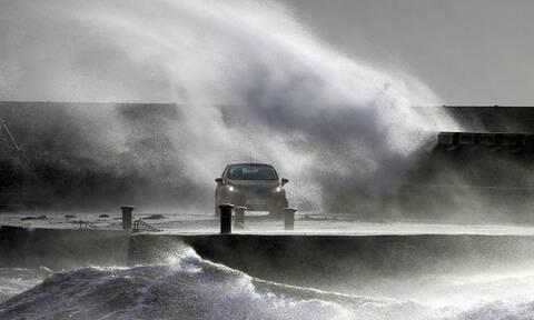 Η φονική καταιγίδα «Κιάρα» σαρώνει την Ευρώπη - Νεκροί, χάος και σκηνές Αποκάλυψης