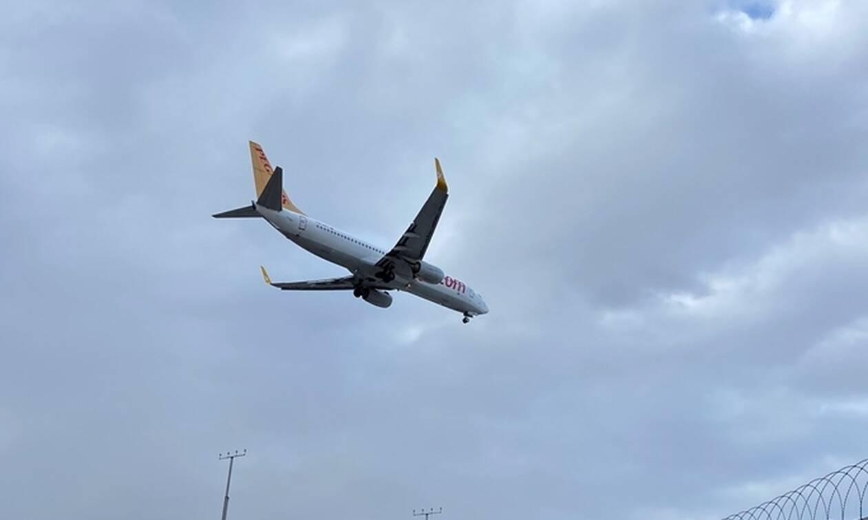 Τουρκία: Νέος πανικός σε πτήση της Pegasus - Πιλότος λιποθύμησε στον άερα (pics)