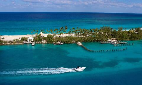 Ζητούνται 5 υπάλληλοι για να ζήσουν 2 μήνες στις Μπαχάμες (video)