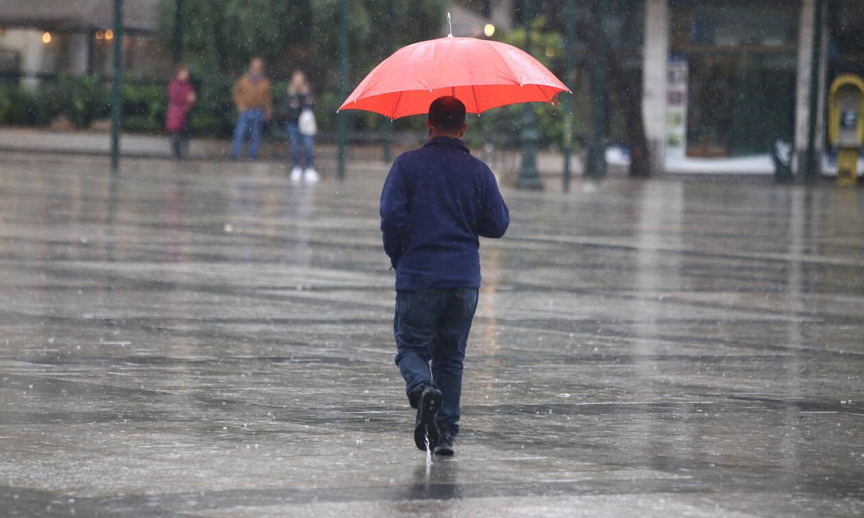 Καιρός: Ο χειμώνας είναι και πάλι εδώ - Πού θα «χτυπήσει» η κακοκαιρία σε λίγες ώρες