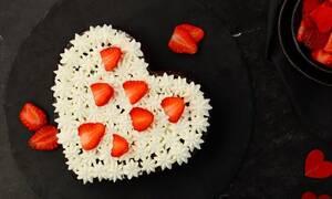 Η συνταγή της ημέρας: Love cake