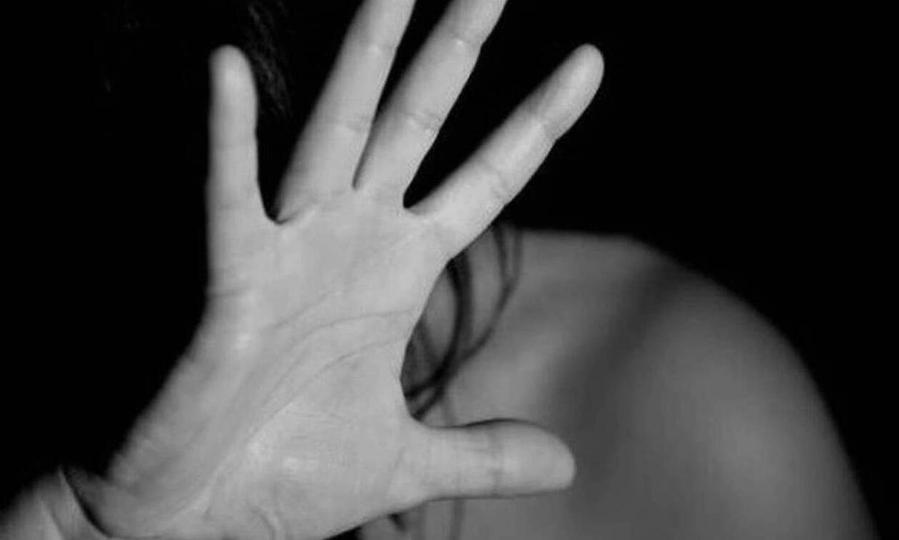 Φρίκη: Την είχε φυλακισμένη 31 χρόνια απέναντι από το σπίτι του