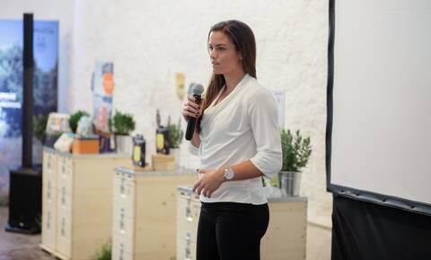 Η Μαρία Σάκκαρη είναι για το 2020 η «πρέσβειρα» της APIVITA