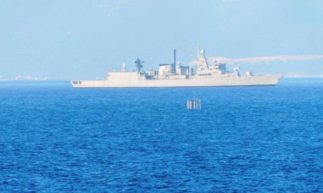Μοναδικές εικόνες από την άσκηση «ΑΣΤΡΑΠΗ» του Πολεμικού Ναυτικού