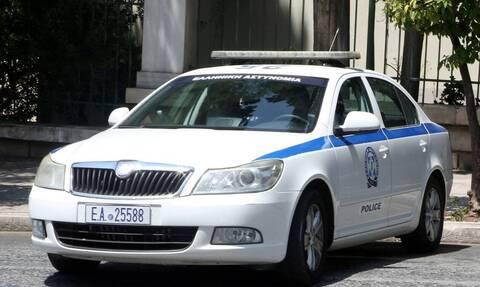 Συνελήφθη αστυνομικός για ένοπλες ληστείες σε πρατήρια και περίπτερα της Αττικής