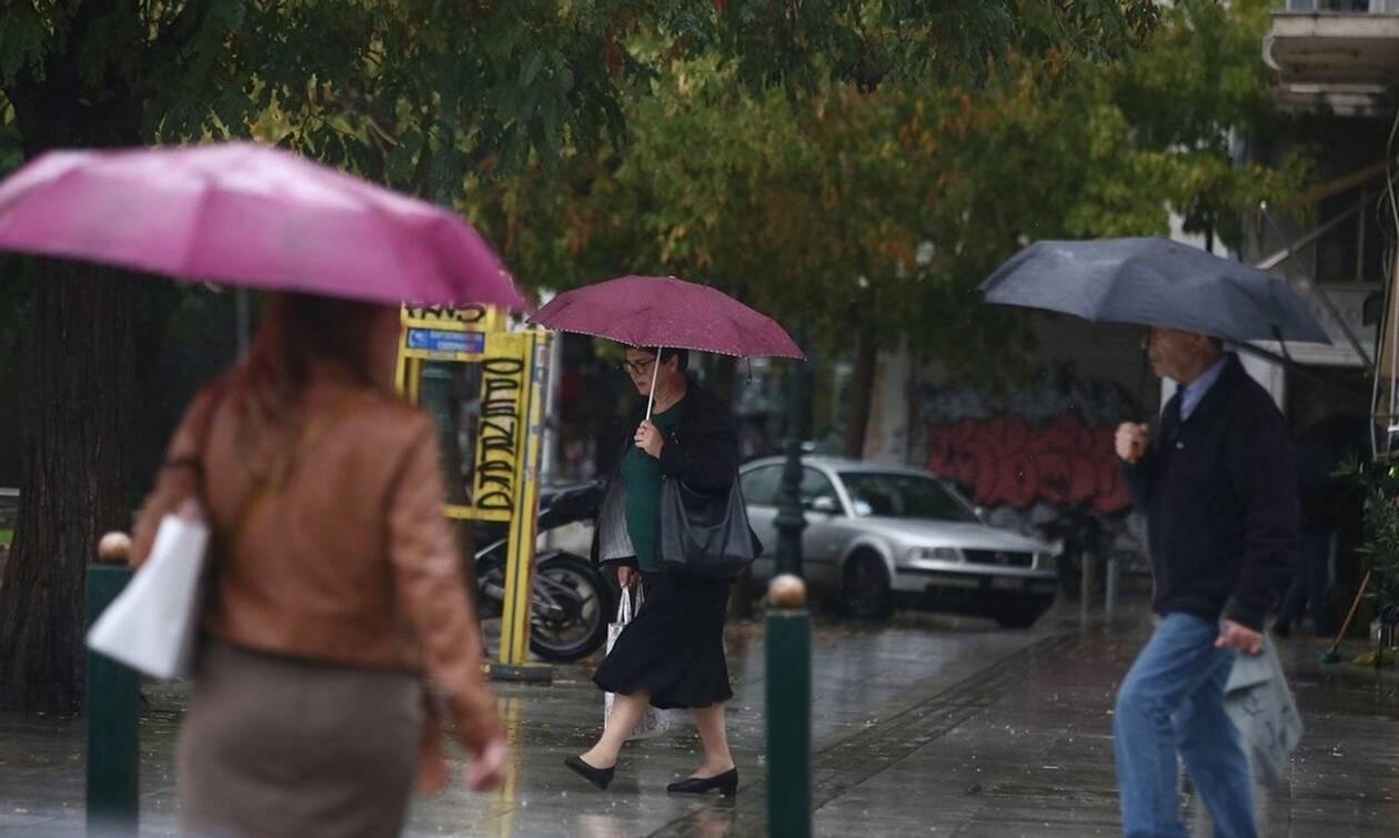 Έρχεται κακοκαιρία «εξπρές» με βροχές, καταιγίδες και χιόνια από την Παρασκευή