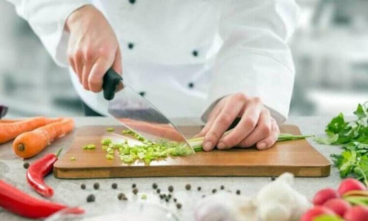 Παγκόσμια συγκίνηση: Πέθανε πασίγνωστος τηλεοπτικός σεφ