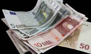 ΟΠΕΚΑ - Επιδόματα 2020: Πότε μπαίνουν τα χρήματα στην τράπεζα - Οι ημερομηνίες πληρωμής
