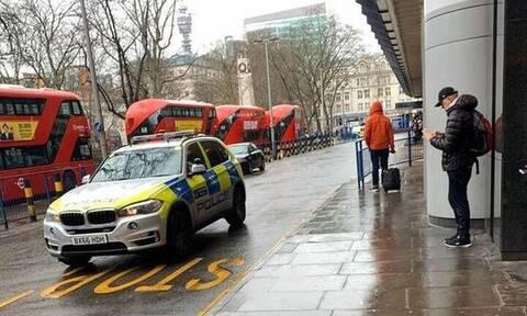 Επίθεση με μαχαίρι σε σταθμό του Μετρό στο Λονδίνο