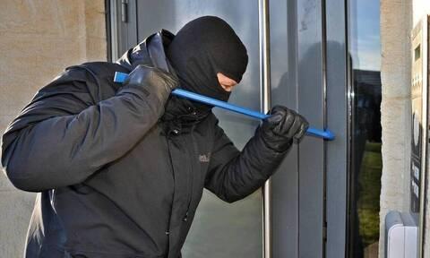 Κρήτη: Εξαρθρώθηκε εγκληματική ομάδα που ξάφριζε σπίτια - Πάνω από 70.000 ευρώ η λεία τους