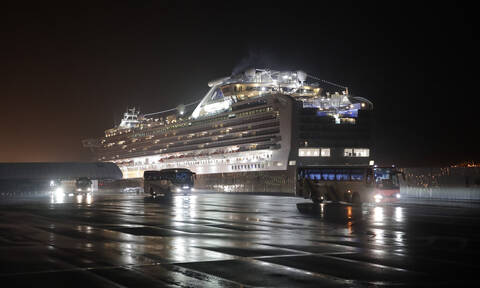 Κοροναϊός: Συναγερμός για τον απεγκλωβισμό δύο Ελλήνων από το κρουαζιερόπλοιο Diamond Princess