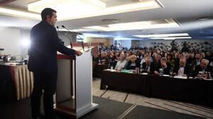 Οριακά πέρασε η πρόταση Τσίπρα για τα διαδικτυακά μέλη του ΣΥΡΙΖΑ