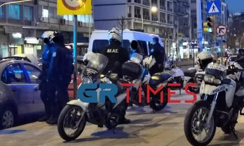Θεσσαλονίκη: Νέα επεισόδια μεταξύ αλλοδαπών - Εικόνες-σοκ στο κέντρο της πόλης