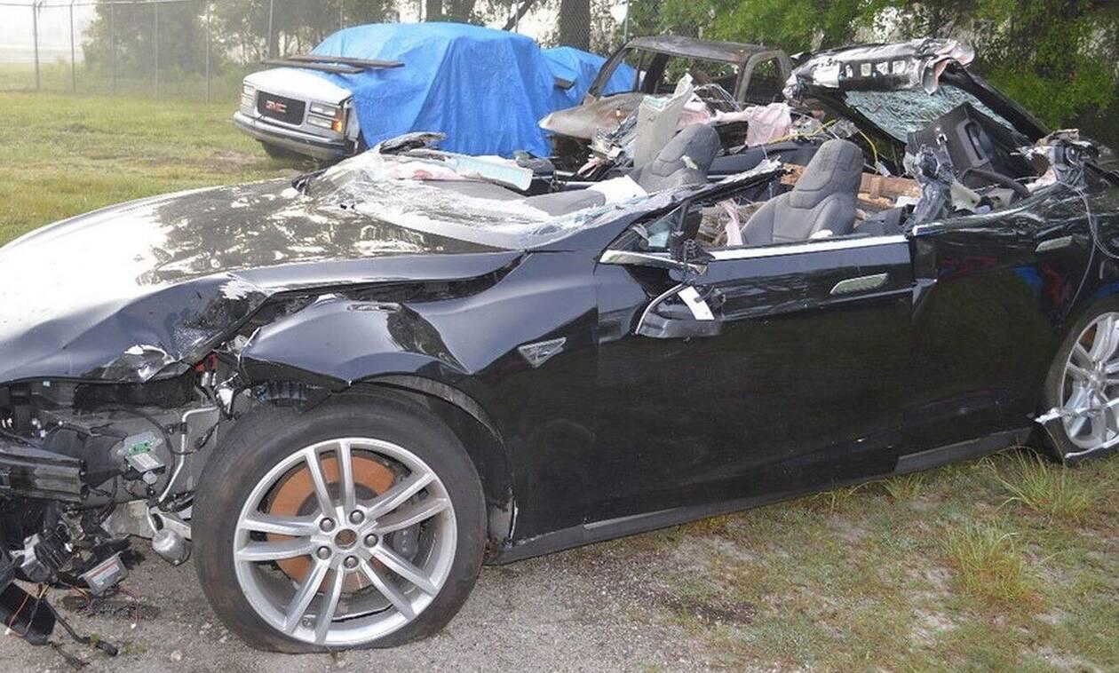Γιατί τα ηλεκτρικά αυτοκίνητα εμπλέκονται πιο συχνά σε ατυχήματα;
