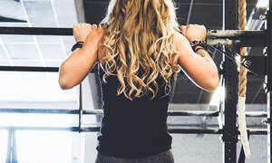 Μαλλιά μετά το γυμναστήριο: 5 λύσεις που θα σε σώσουν