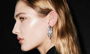 Polished skin: το νέο beauty trend που είδαμε στην Εβδομάδα Μόδας του Λονδίνου