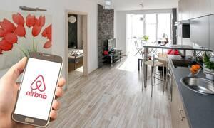 Airbnb: Λήγει η προθεσμία για το Μητρώο Ακινήτων  - Έρχονται «τσουχτερά» πρόστιμα