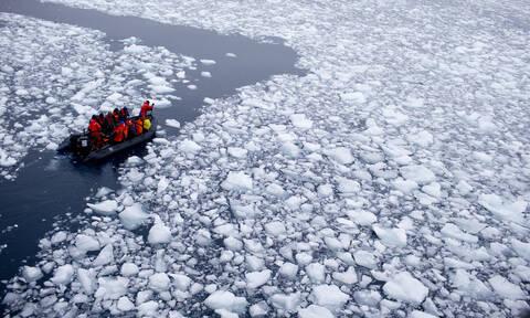 Ανταρκτική SOS: «Μη αναστρέψιμο» το λιώσιμο των πάγων λόγω της κλιματικής αλλαγής