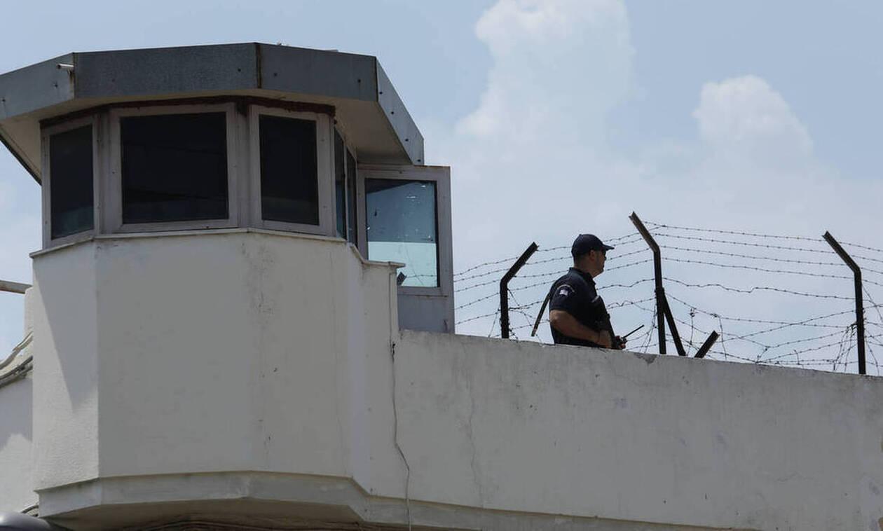 Σοφία Νικολάου: Άντρο ανομίας οι φυλακές Κορυδαλλού
