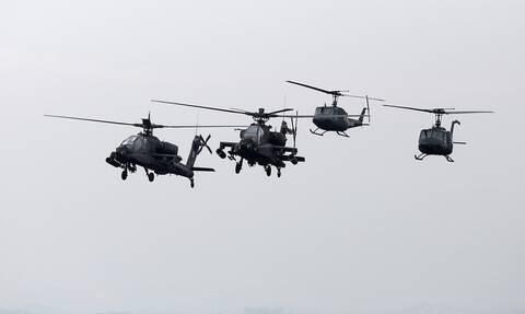 Καταιγισμός πυρών από ελικόπτερα Ελλάδας και ΗΠΑ - «Σφυροκόπημα» στο πεδίο βολής Λιτοχώρου