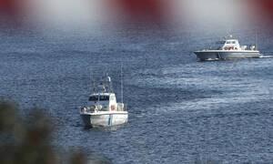 Σάμος: Διάσωση αλλοδαπών και σύλληψη του διακινητή τους