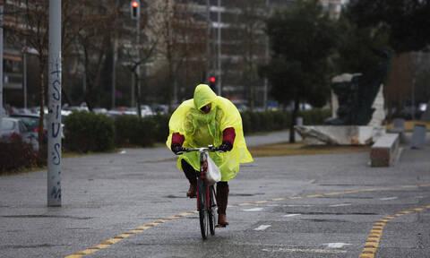 Καιρός: Τσικνοπέμπτη με βροχές και καταιγίδες σε κάθε γωνιά της χώρας