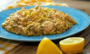 Τραχανότο με γαρίδες και μυρωδικά  (vid)