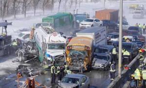 Απίστευτη καραμπόλα με 200 αυτοκίνητα και δύο νεκρούς στον Καναδά