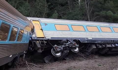 Τραγωδία στην Αυστραλία: Δύο νεκροί από εκτροχιασμό τρένου (pics+vid)