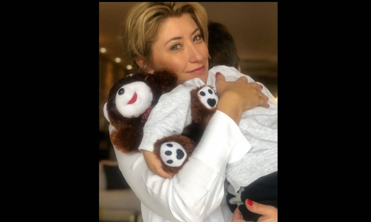 Σία Κοσιώνη: Τσικνοπέμπτη με τον γιο της! Δείτε τι φόρεσαν (Photos)