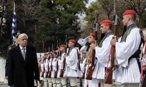 Παρουσία Παυλόπουλου το τρισάγιο στη μνήμη του εύζωνα Θωμά Σπυρίδωνος