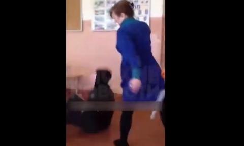 ΣΟΚ σε σχολείο: Καθηγήτρια τράβηξε την καρέκλα σε μαθητή – Δείτε τι της έκανε