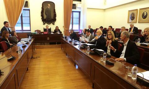 Novartis: Διάλογοι-«φωτιά» στην προανακριτική για τους μάρτυρες και «μπαλάκι» οι ευθύνες