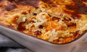 Η συνταγή της ημέρας: Λαζάνια με μπεσαμέλ και κολοκύθα