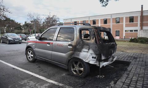 Θεσσαλονίκη: Εμπρηστική επίθεση σε αυτοκίνητα του υπουργείου Πολιτισμού
