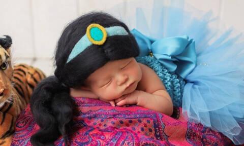Απόκριες 2020: Τις φώτο με αυτά τα μασκαρεμένα νεογέννητα πρέπει να τις δεις (pics)