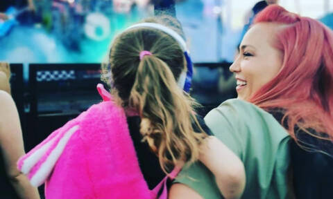 Πηνελόπη Αναστασοπούλου: Η κόρη της Λυδία έγινε 4 ετών -Δείτε τις πιο όμορφες φωτογραφίες της (pics)