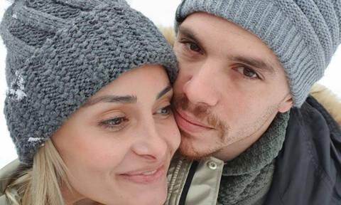 Λευτέρης Πετρούνιας: Η γλυκιά φώτο με την Βασιλική Μιλλούση και την κόρη τους που δεν πρόσεξε κανείς