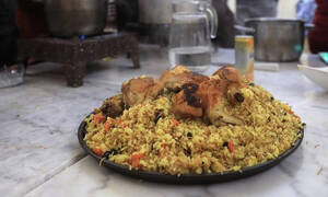 Γυναίκες πρόσφυγες μοιράζονται τις αγαπημένες τους συνταγές
