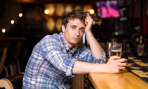 Ξεροσφύρι: Ένας καλός λόγος για να βάλεις τα κλάματα μέσα στο μπαρ