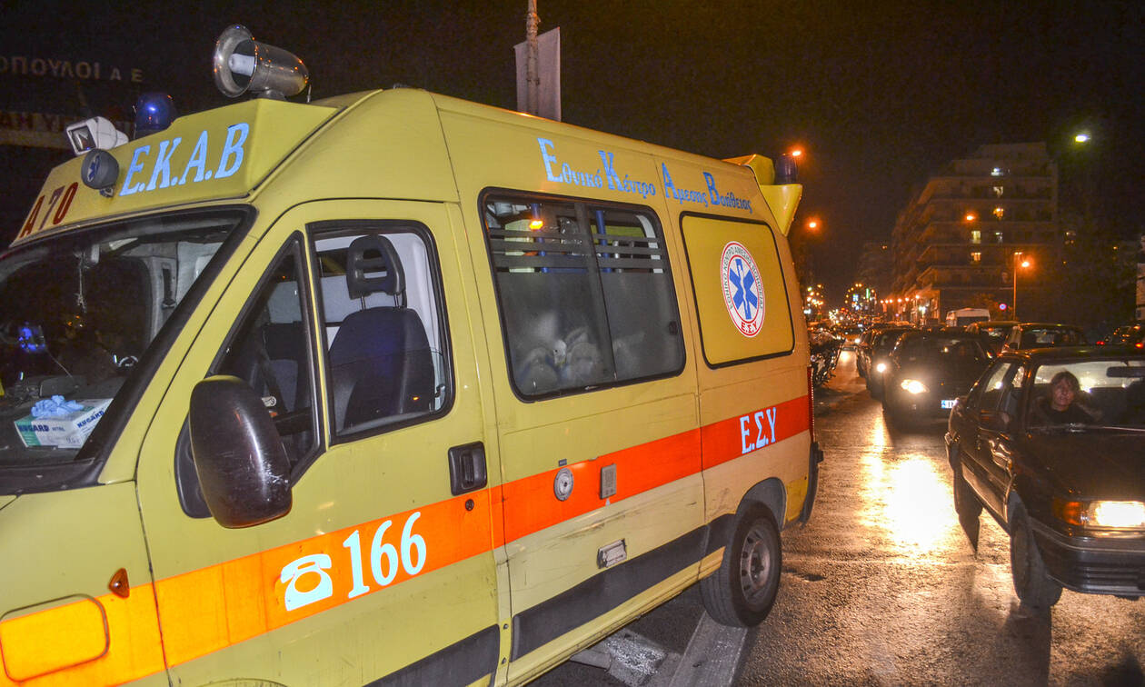 Μαχαίρωσαν άνδρα μέσα σε λεωφορείο με επιβάτες