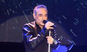 Νότης Σφακιανάκης: Δύσκολες ώρες για τον τραγουδιστή - Τι έπαθε on stage