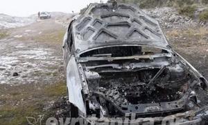 Σοκ στο Καρπενήσι: Απανθρακωμένος 30χρονος μέσα στο αυτοκίνητό του (pics)