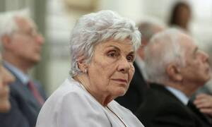Κική Δημουλά: Πανελλήνια συγκίνηση για τη σπουδαία Ελληνίδα λογοτέχνη - Δημοσία δαπάνη η κηδεία της