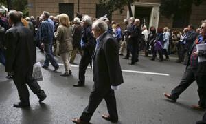 Συντάξεις: Αυξήσεις έως και 200 ευρώ! Ποιοι και πότε θα τα λάβουν - Η δέσμευση του υπουργού Εργασίας