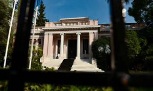 Κοροναϊός - Κικίλιας: Είμαστε θωρακισμένοι - Ολοκληρώθηκε η σύσκεψη στο Μέγαρο Μαξίμου