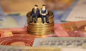 Συντάξεις: Σβήνουν πρόστιμα σε χιλιάδες συνταξιούχους που πήραν αναδρομικά