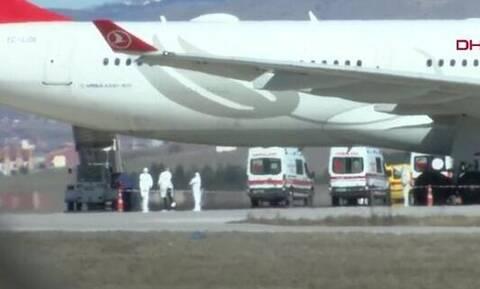 Κοροναϊός: Σε «κόκκινο» συναγερμό η Τουρκία – Πιθανά κρούσματα σε αεροπλάνο